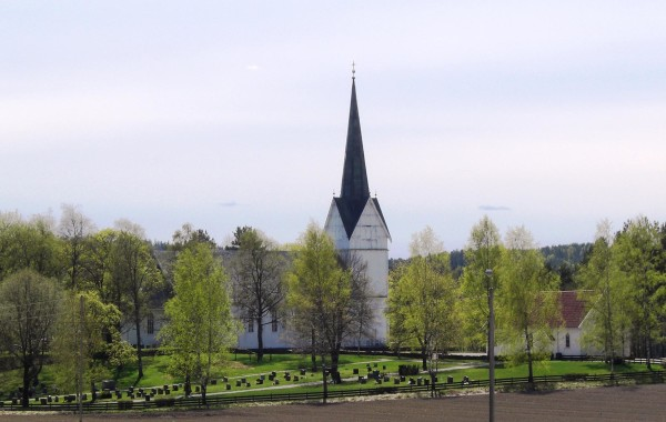 16. Hærland kirke