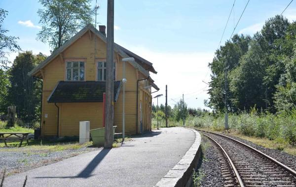 48. Stasjonsveien 413; Eidsberg stasjon
