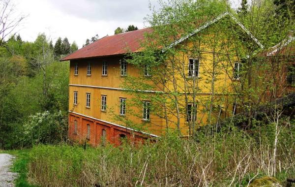 58. Lekumfossen